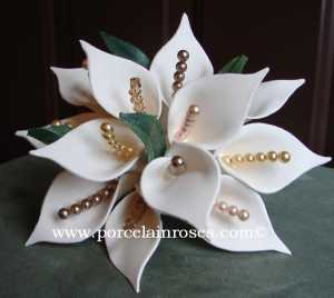 Calla lily wedding bouquet with pearls